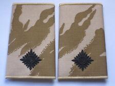 Rangschlaufen: 2nd Lieutenant,  schwarz auf Desert