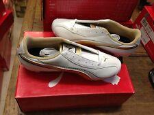 Chaussure de foot enfants Puma Taille 35 neuve