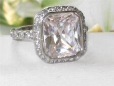 1226 EMERALD CUT SIMULATED DIAMOND ENGAGEMENT RING GLAMOROUS CLASSY WOMENS  NEW