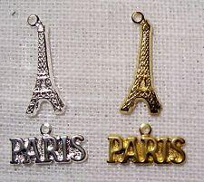 305 - LOT 2 CHARMS BRELOQUES PARIS TOUR EIFFEL argenté ou doré