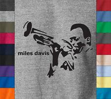 MILES DAVIS T-Shirt SAXOPHONE Sax Playing Jazz Soul Retro Vintage - Ringspun Tee