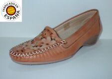 Zapato cuña mocasín piel calado flores tallas 37 y 38