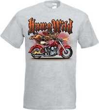 T Camiseta en Ashton con un Moto Chopper - y antiguo Escena escuela Modelo Hawg