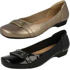 Mujer Clarks Blanche WEST NEGRO U Oro Elegante Zapatos SIN CIERRES D & Ajuste E