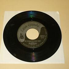 VOCAL GROUP 45RPM RECORD - THE TUNE WEAVERS - CASA GRANDE 3038