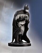 Batman Black & White Sciver Villafane Statue Dc Direct Factory Sealed