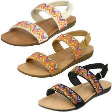 Spot On para niñas, color blanco CON TIRA TRASERA Verano Sandalias de Joyas -