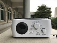 Dynamo Generator FM/AM Solar Crank Powered Emergency Radio White and Green Color