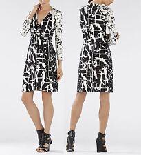 New BCBG MaxAzria Women Black Adele Jersey Printed Wrap Party VNeck Dress