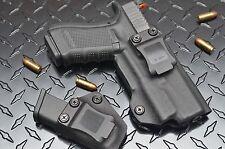 Glock 19 With SureFire XC1  kydex holster combo.