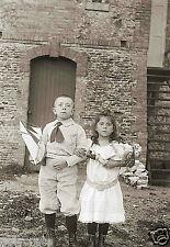 Photo Ancienne - Enfants et leurs jouets Poupée Bateau - repro-  deb. XXe s