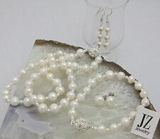 Collana di perle d'acqua dolce con perline perla giapponese e una serie di strass fibbia.