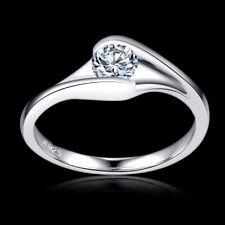 18 Ct Blanco relleno de oro 0.6 CT AAA DIAMANTE Anillo de piedras preciosas de cristal