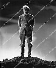 1645a-033 Boris Karloff film Isle of the Dead 1645a-33