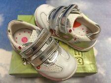 Beeko Lilian Hook & Loop Leather Sneaker Size 24, 25 /US Toddler Size 8, 8.5