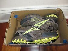 BNIB Reebok Trail Mudslinger II Women's trail running shoes, size 6, pick color