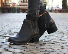 Clarks Schuh Maypearl Daisy schwarz Chelsea Boot Stiefeletten Ankle-Boot NEU