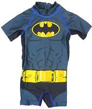 NUOVA LINEA RAGAZZO BAMBINO Ufficiale Batman Costume Da Bagno TRUNKS Costume UV età 1 2 3 6-36 mesi