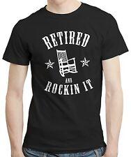 Retirado y Rockin-Gracioso jubilación retirado compañero de trabajo Camisa Camiseta De Regalo