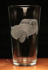 Citroen 2CV Car Classic engraved pint glass gift present