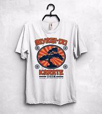 Kesuke Miyagi T SHIRT Top Karate el Karate Kid OKINAWA Japón 1964 Pat Morita