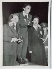 Immagine Cosmo 44 OLYMPIA 1952 Oslo # Beiser (Austria) mirl (Germania) Minuzzo