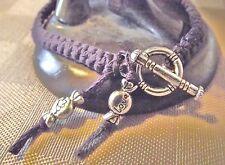 Bracelet amitié macramé Aubergine violet * Fermoir rond * Fait main point noué