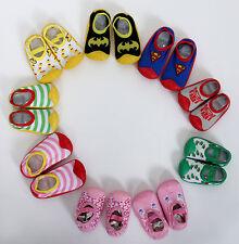 Fliesenflitzer  Socken Schuhe mit Gommisohle Hüttenschuhe, Hausschuhe, Neu