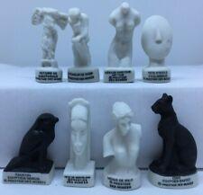 RARE PRESTIGE DES MUSEES FEVE PORCELAINE 3D 27/37 mm de hauteur au choix