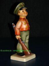 Hummelfigur STILLGESTANDEN Hummel Goebel Figur 332