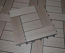 Schicke WPC Holzfliese für eine elegante Terrasse 30x30 cm Terrassenfliese