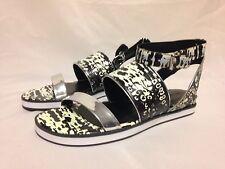Pour la Victoire Sabina Gladiator Sandal Black/White/Silver Leather New w/ Box