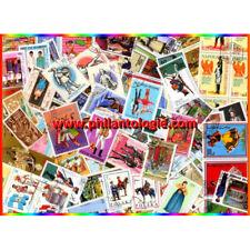 Costumes timbres thématiques tous différents.