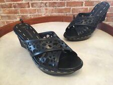B Makowsky Send Black Leather Cutout Wedge Slide Sandal New