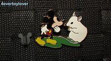 Disney  Pin Badge Épinglette Mickey Mouse  LE 250