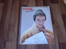 CONSTANZE WINTER 1952 --- Kleine Hüte/Sportmäntel/Walzerträume/Cocktailkleider