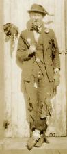 VINTAGE HOBO HALLOWEEN CIGAR PIPE FLOWER MAN PHOTO COSTUME IDEAS LONE GUY DUDE