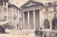 * BIELLA - Piazza S.Cassiano - Venditore di ortaggi si riposa