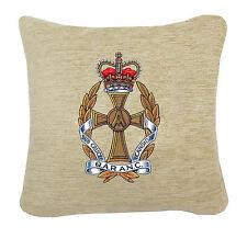 Q.a.r.a.n.c condecoración gorro en un cojín de Chenille Crema 2 Tamaños. ejército de enfermería Corps.