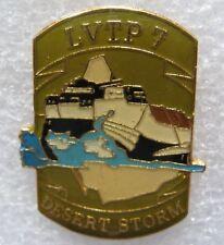 """Pin's Char Tank Blindé Guerre War DESERT STORM """" le LVTP 7 """" #316"""