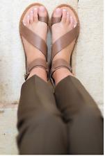 VANESSA WU été 2017 : sandales plates effet cuir neuves et étiquetées valeur 55€