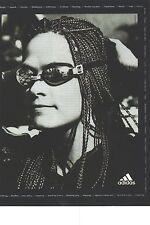 PUBLICITE  1997   ADIDAS  lunettes équipement sport en noir et blanc