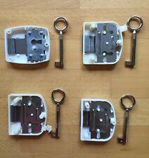 Aufschraubschloß Kunststoff weiß Zierschlüssel Möbelschloß Schublade Kommode M