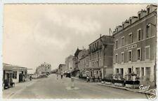 """LUC /MER (14) RENAULT 4CV à """"HOTEL DU PETIT ENFER"""" 1951"""