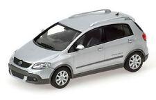 MINICHAMPS 054370 056060 VW GOLF model car 2006 & 1997 silver & green 1:43rd