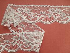 """Laces Galore""  Ivory Rose Scalloped Nottingham Lace 2""/5cm Craft Trim Sew"