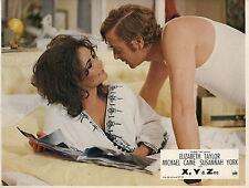 ELIZABETH LIZ TAYLOR MICHAEL CAINE  X Y & ZEE 1972 VINTAGE PHOTO LOBBY CARD N°2