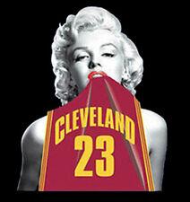 Marilyn Monroe Wearing Lebron James Cleveland Cavaliers Jersey T-Shirt Tee