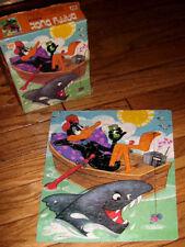 DAFFY DUCK vtg fishing jigsaw-puzzle Whitman Looney