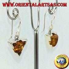Orecchini in argento 925 ‰ pendente semplice con ambra triangolare